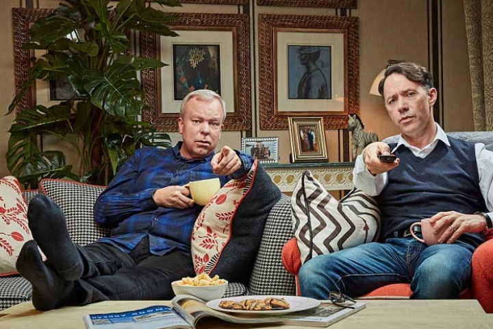 Steve Pemberton and Reece Shearsmith sat on the sofa in Celebrity Gogglebox for Stand Up To Cancer